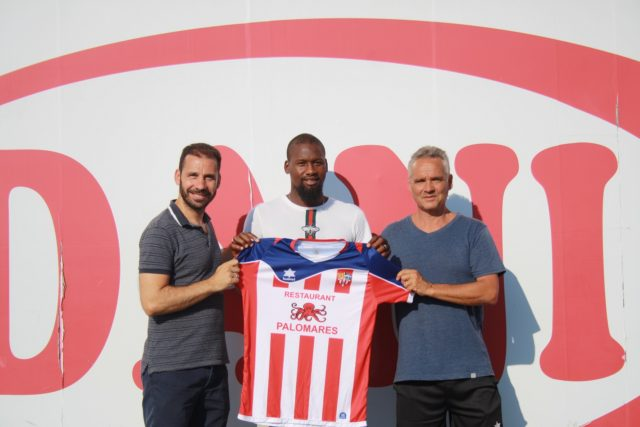 Bubacar Njie Kambi «BACARI» fitxa per el Vilassar de Mar.